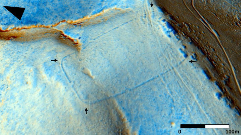 Imagen aérea de una muralla romana