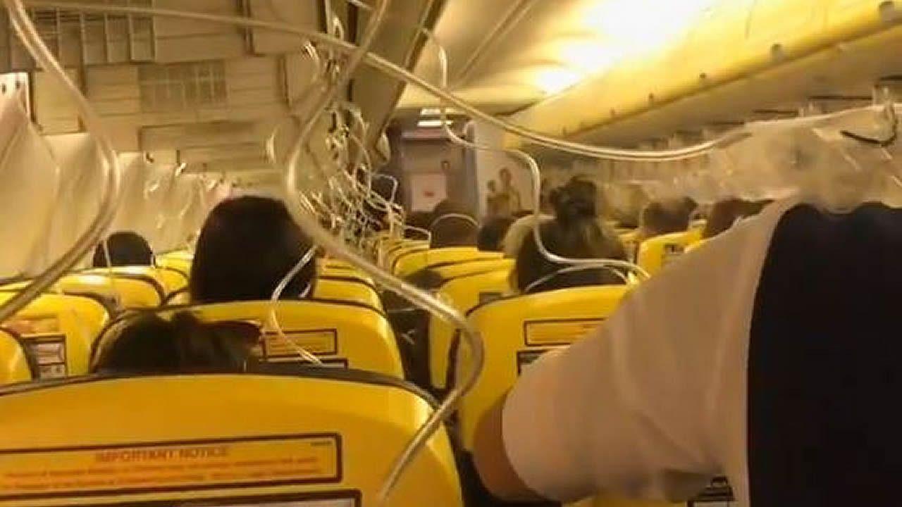 ¿Qué le puedes reclamar a Ryanair?.Avión de Ryanair despegando en el aeropuerto de Manchester