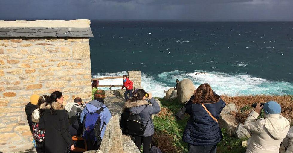 La Casa de las Ciencias de A Coruña impulsa el proyecto y organizó la expedición de ayer.