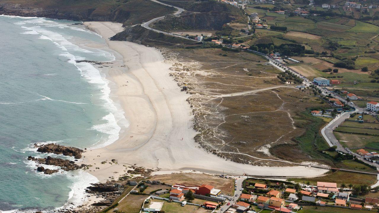 Vista aérea de la playa de Barrañán