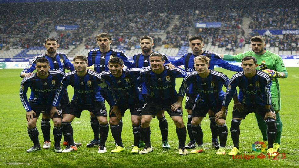 Once titular del Oviedo ante el Girona