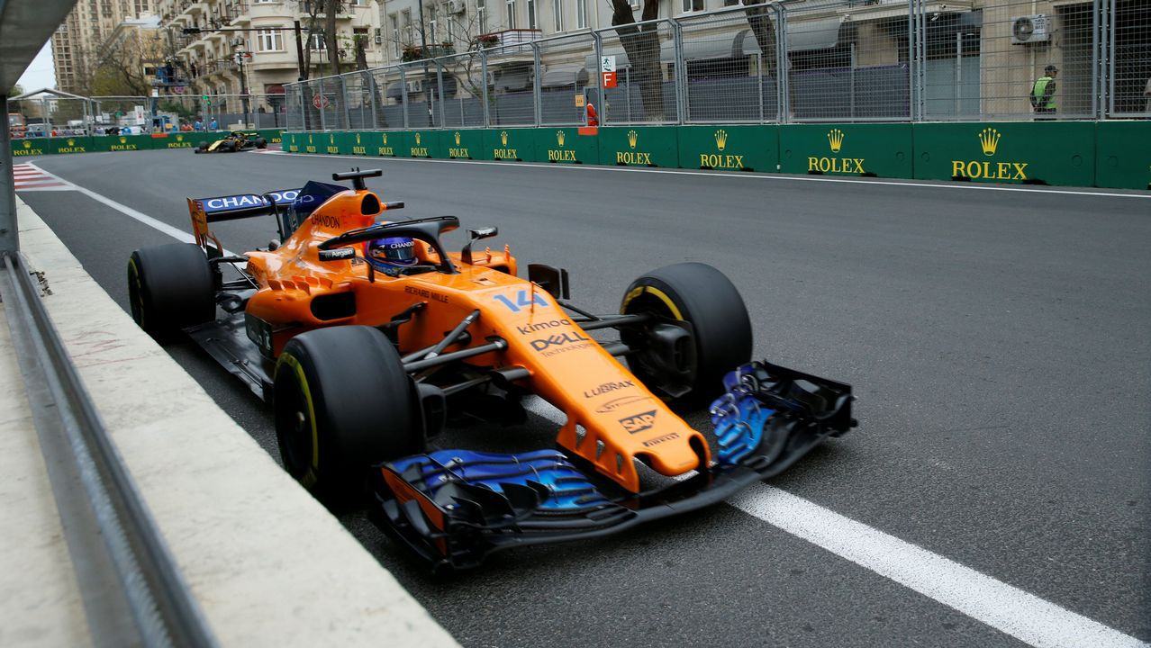 .Azerbaijan Grand Prix - Baku City Circuit, Baku, Azerbaijan - April 29, 2018   McLaren's Fernando Alonso in action during the race