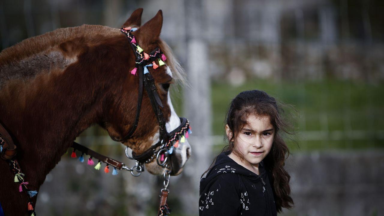 El mejor amigo de Elisa Seijo es un poni.Barracones del campo de concentración de Buchenwald, en una fotografía histórica