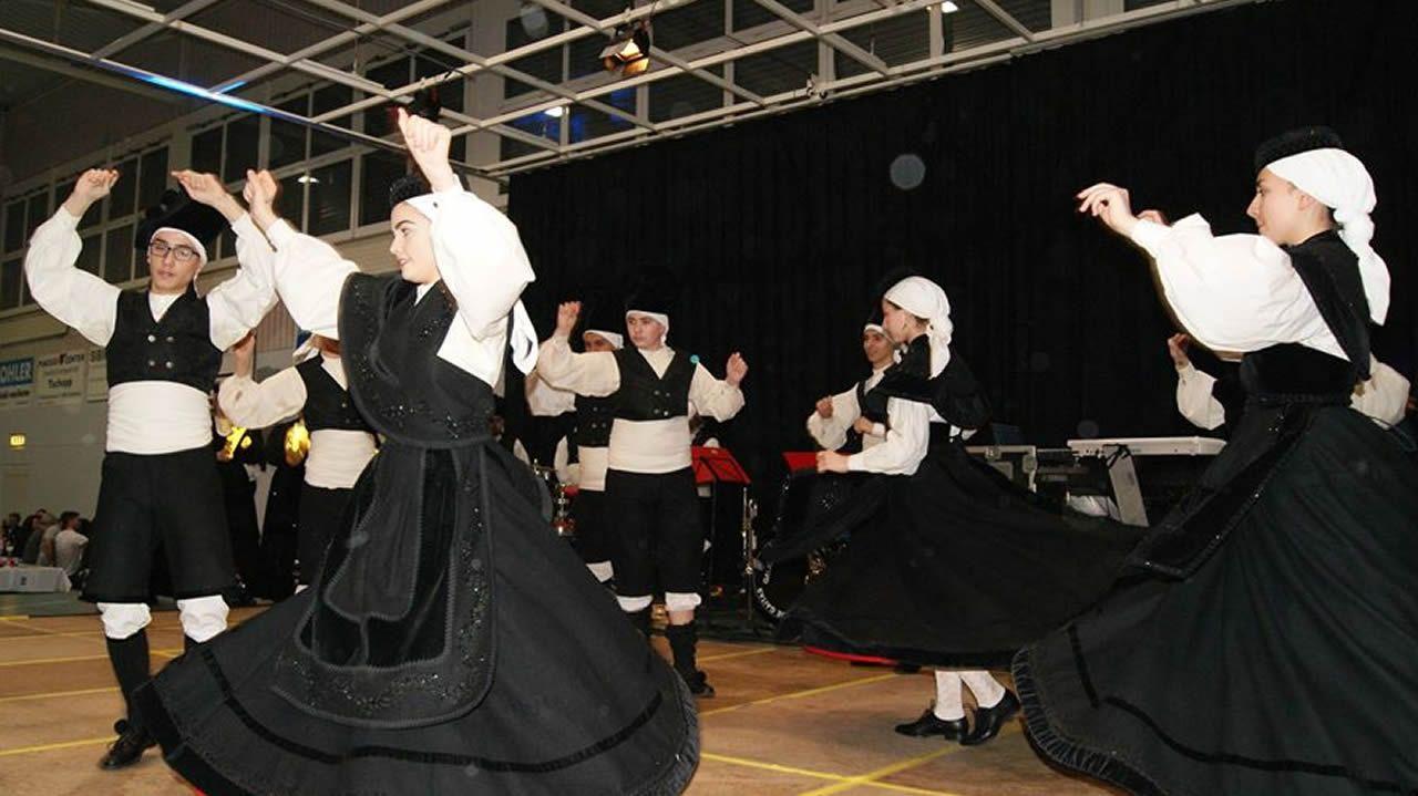 Fiesta en la Asociación cultural As Xeitosiñas de Zurich
