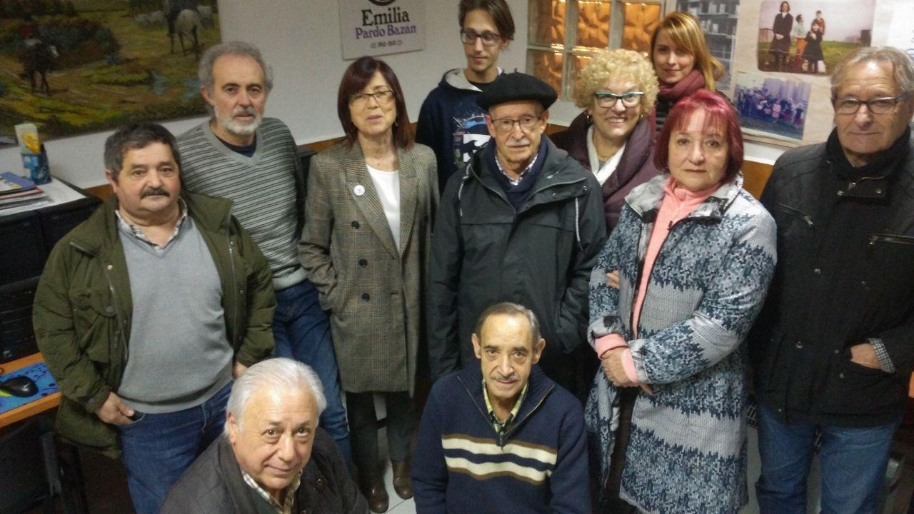 Miembros de la asociación de vecinos del Polígono de antes y de ahora