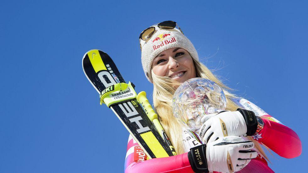 La Fundación Princesa suma apoyos.Lindsey Vonn celebra su victoria en la final de la copa del Mundo de Esquí Alpino.