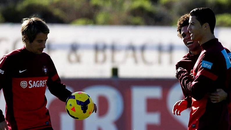 Diez años de Messi, en imágenes.Pepe, con Cristiano y Coentrão en el entrenamiento de Portugal