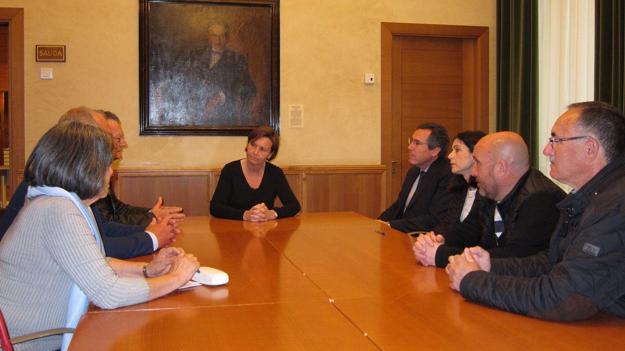 .La alcaldesa de Gijón, Carmen Moriyón, en una reunión con el Apta