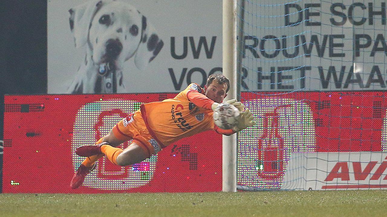 Davy Roef en una acción esta temporada en la liga belga