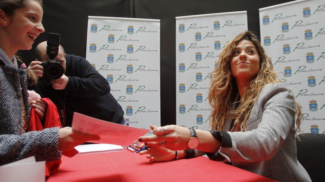 Así fue la firma de discos de Miriamde OT en Santiago.MELENDI, EN CONCIERTO