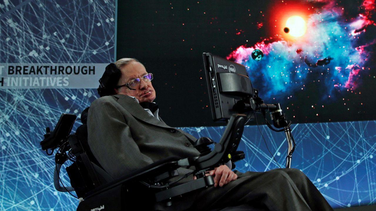 A Hawking le diagnosticaron ELA a los 21 años, pero nunca se rindió