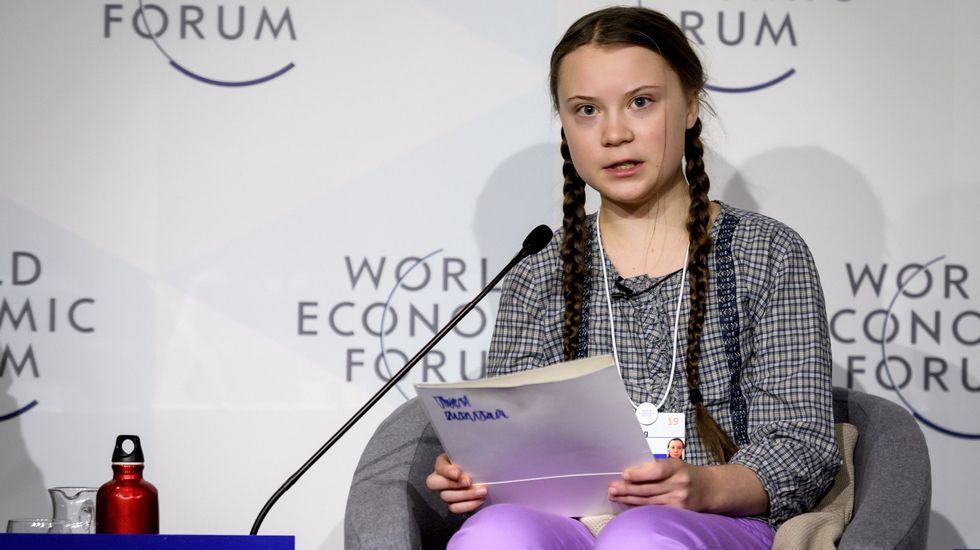 «Si somos el futuru por qué nos echanfumu».Greta Thunberg, la joven sueca que inició el movimiento Fridays for Future