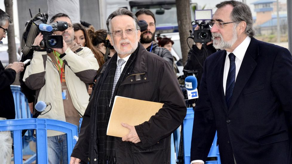 «Nóos siempre fue una organización con ánimo de lucro».Las acusaciones particulares, PSPV-PSOE y Manos Limpias, piden once años de prisión para el exvicealcalde de Valencia, Alfonso Grau.