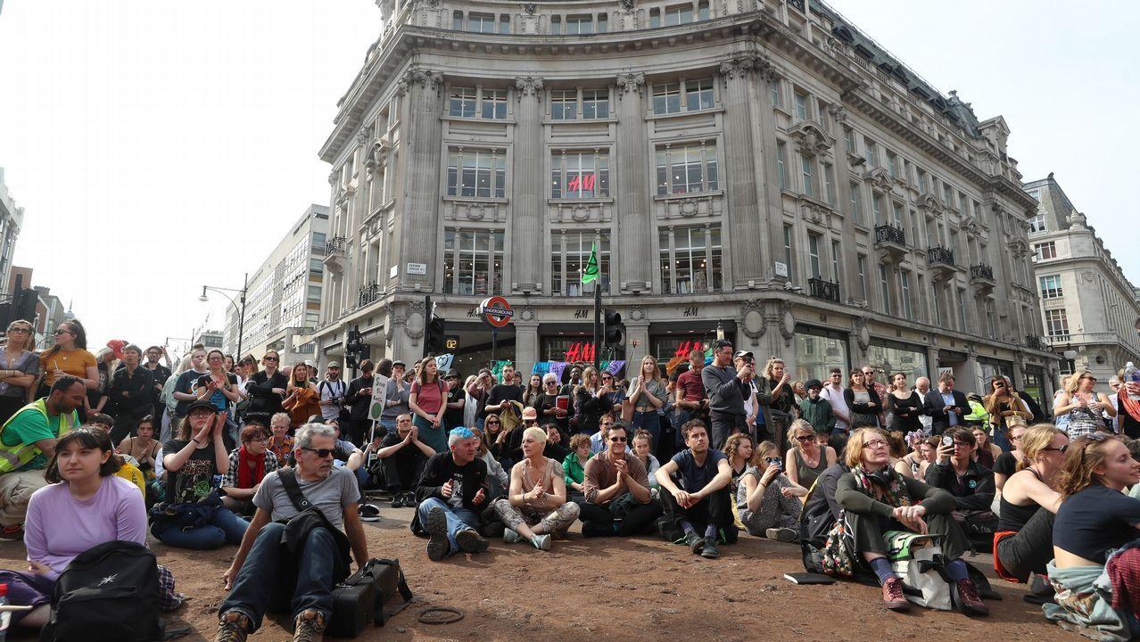 PROTESTAS ECOLOGISTAS EN EL CENTRO DE LONDRES