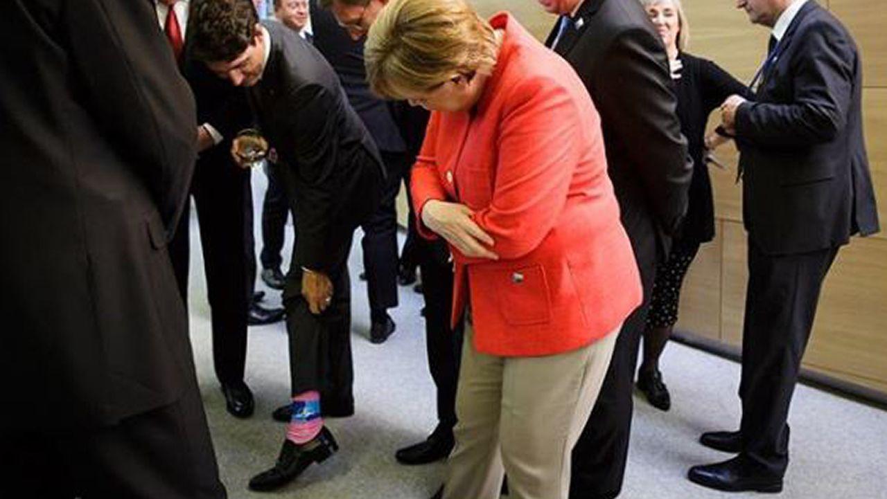 .Trudeau muestra sus calcetines con el símbolo de la OTAN