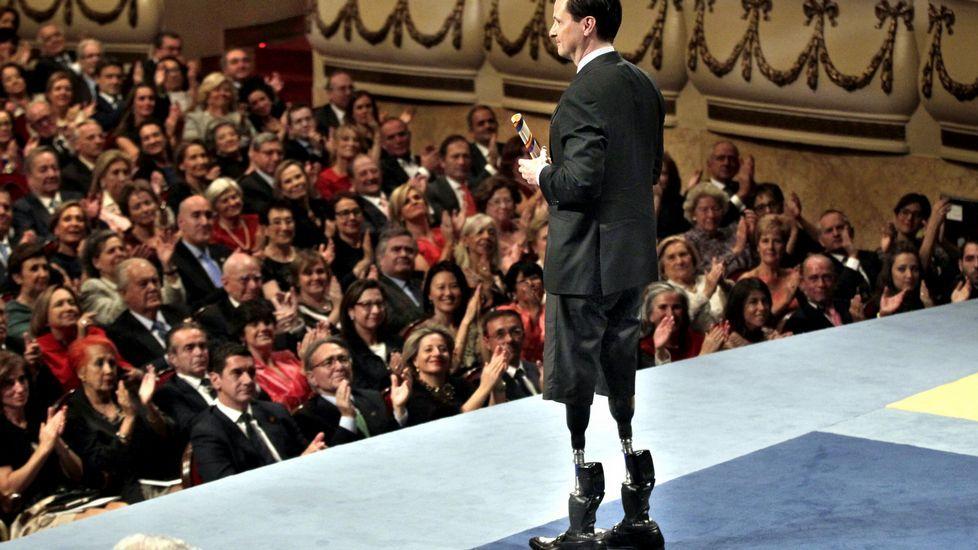 Hugh Herr recibe el premio