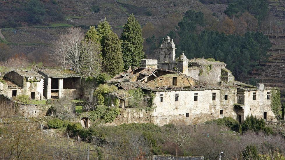 .Piden incluir, entre otros, el mosteiro de San Paio de Abeleda, en A Teixeira