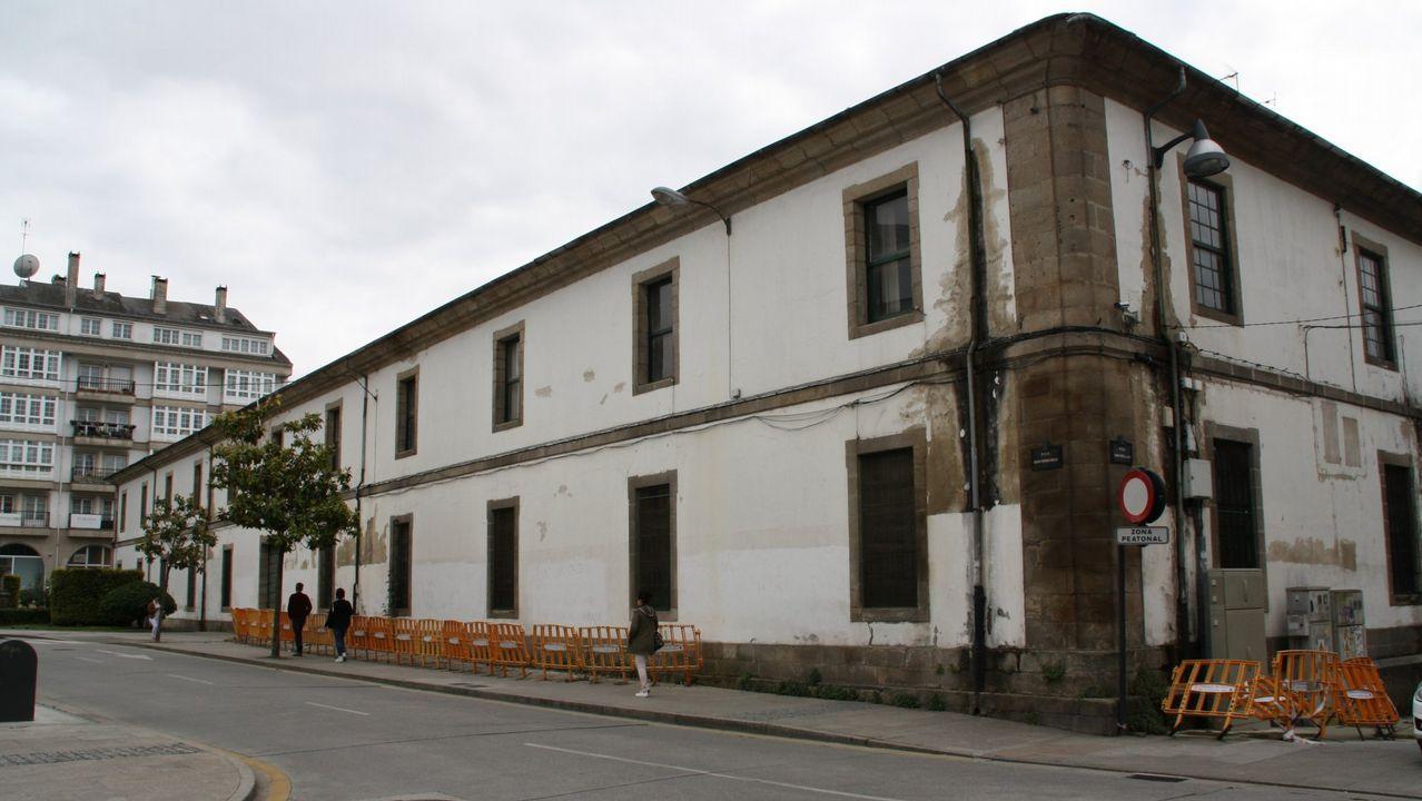 Los lameiros de Pedrafita.Cuartel de San Fernando, en ruina y abandono