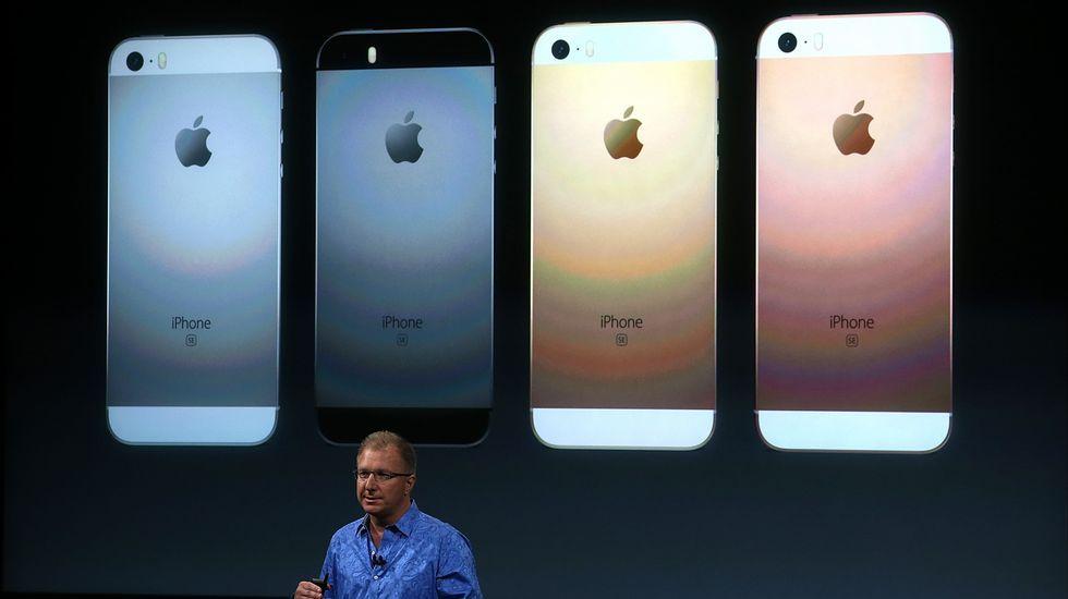 La presentación del iPhone SE, en imágenes.«Spirits in Season», 2012