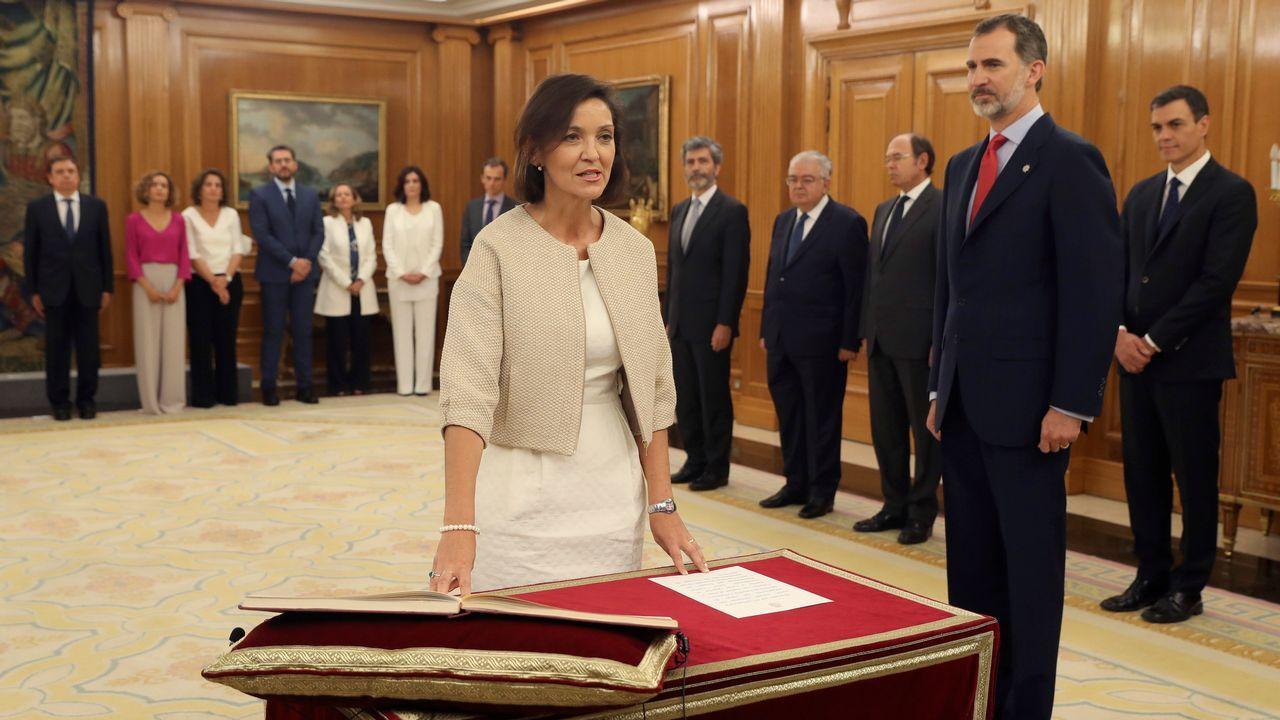 Reyes Maroto promete su cargo como ministra de Industria del Gobierno