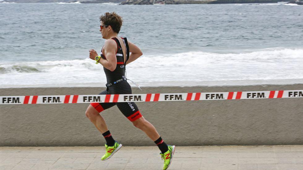 Primer triatlón de media distancia de Sanxenxo