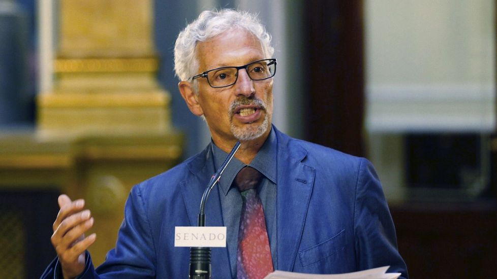 Santiago Vidal: «¿Eso es legal? Pues no».La exconsellera catalana de Educación Irene Rigau