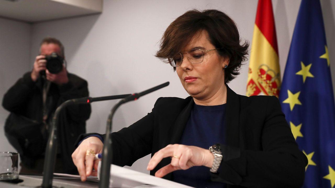Torrent suspende la investidura de Puigdemont «hasta que pueda celebrarse un debate con garantías».DIputados catalanes huidos a Bruselas