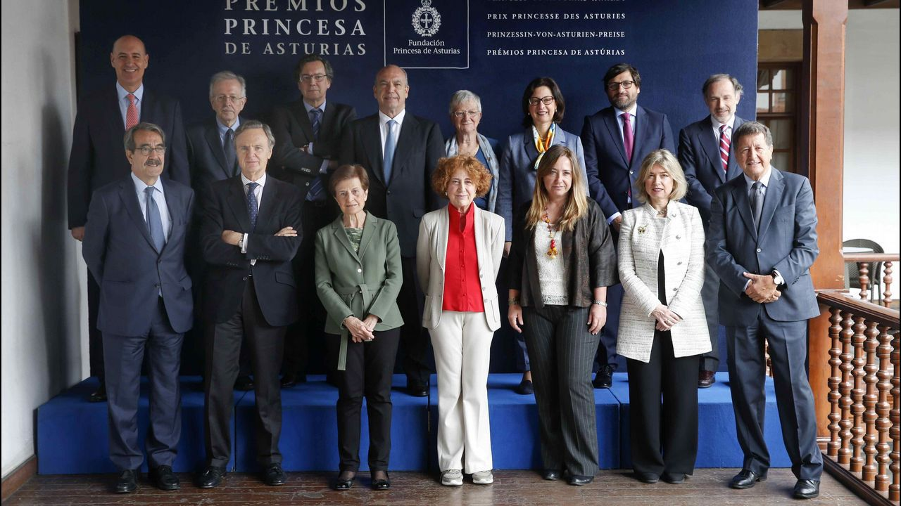 Las caras del equipo de Gobierno de Pedro Sánchez.El jurado del Premio Princesa de Asturias de las Ciencias Sociales 2018, presidido por Carmen Iglesias, inició hoy las deliberaciones del galardón, cuyo ganador se dará a conocer mañana en Oviedo.