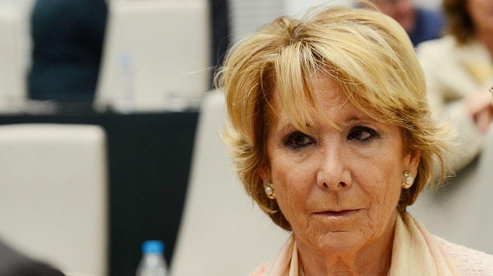 Esperanza Aguirre: «El sueldo de los políticos no da para mucho y tenemos que ir a Primark».José María Aznar