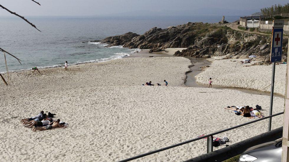 Fortiñón. Esta playa de Saiáns parece tranquila, pero no hay que descuidarse