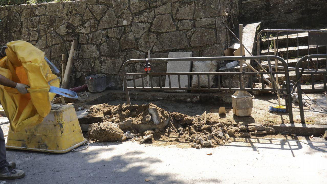 Y el entroido tomó Santiago en pleno verano.Imagen de archivo de peregrinos en el Obradoiro