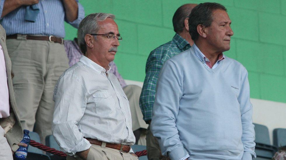 Criado y Silveira, en el palco de A Malata durante un partido a finales del 2008