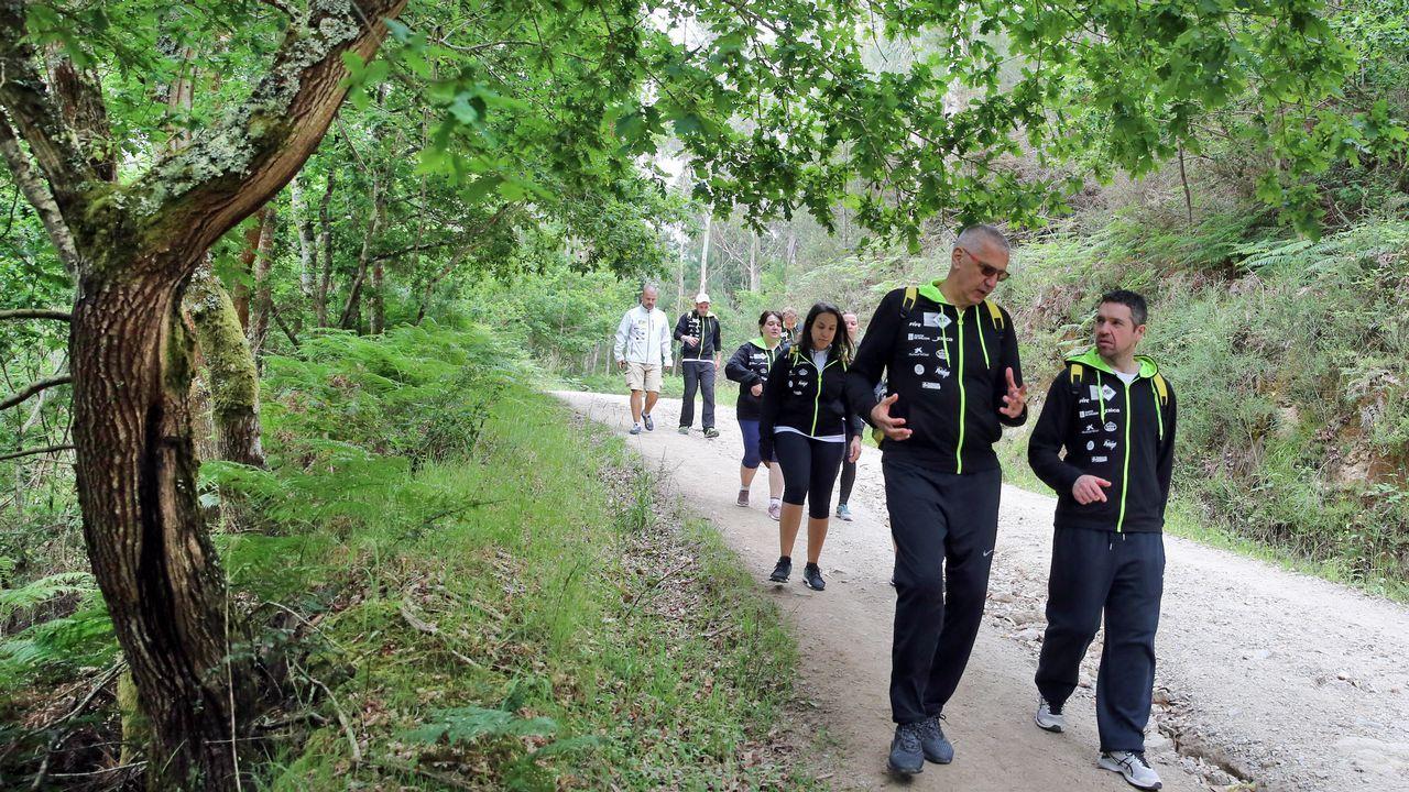 Petrovic y Pepe Pozas en el Camino de Santiago a su paso por Valga.