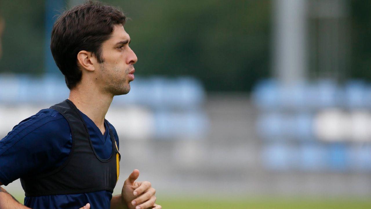 Forlin Real Oviedo Requexon Horizontal.Forlin durante el entrenamiento en El Requexon