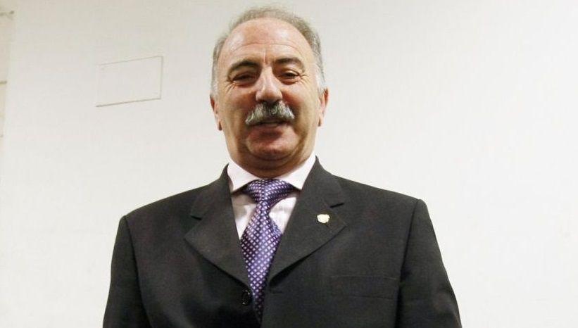 Manuel, Socorro, Pura y Purificación son los fijos del curioso y artesanal casino.