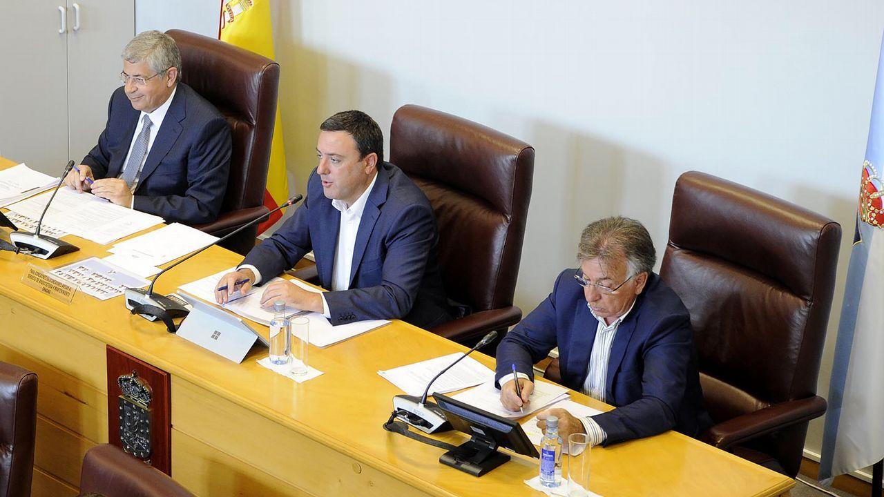 Sigue en directo el pleno municipal de A Coruña.Imagen de la reunión de la Comisión de Urbanismo