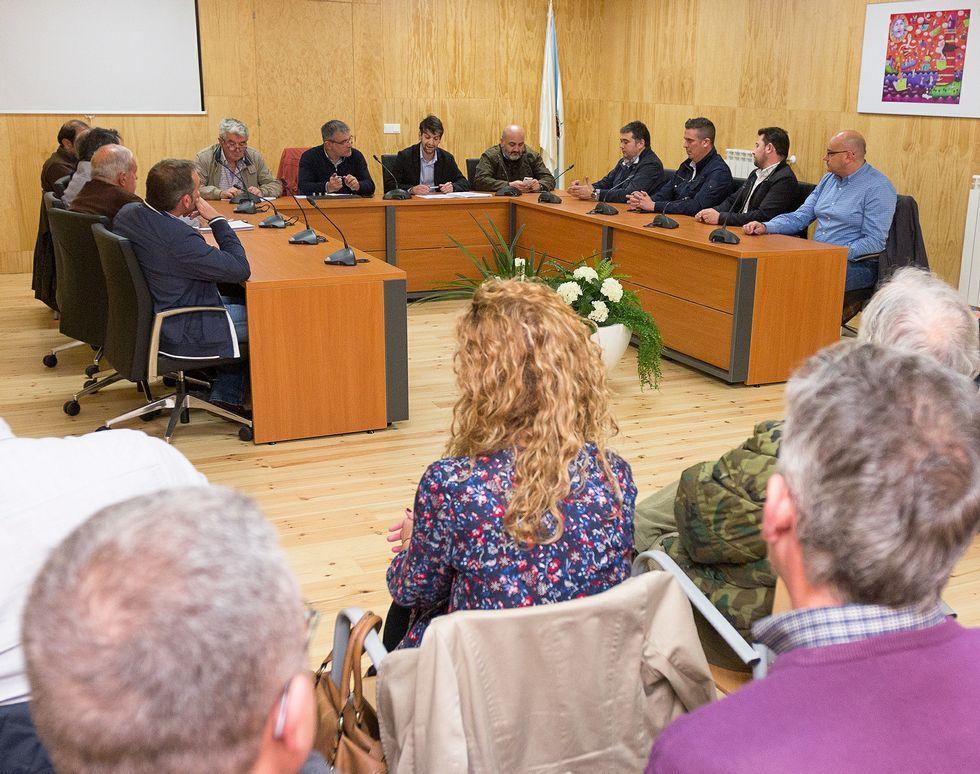 A la reunión del martes acudieron la mayor parte de los alcaldes.