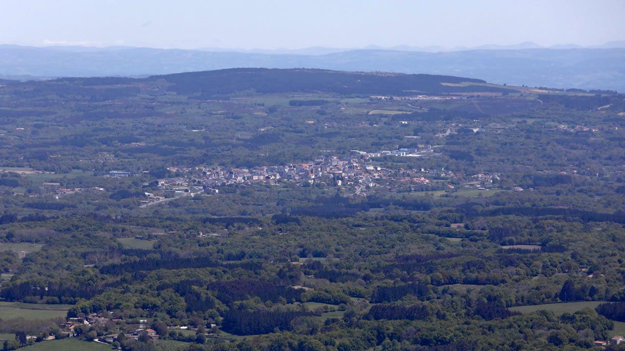 .Daños producidos en Becerreá (Lugo) por un terremoto de magnitud 4,6 el 24 de diciembre de 1995