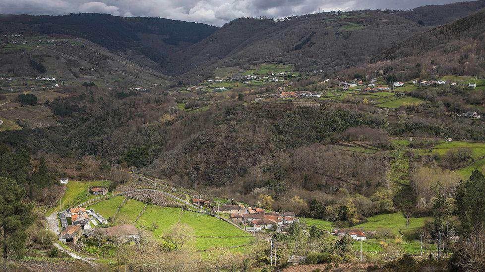Una vista general de la cuenca del río en su tramo inferior