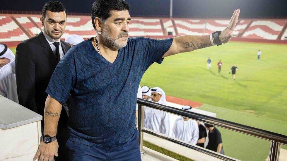Dos aficionados del Atlético en el último partido en el Vicente Calderón