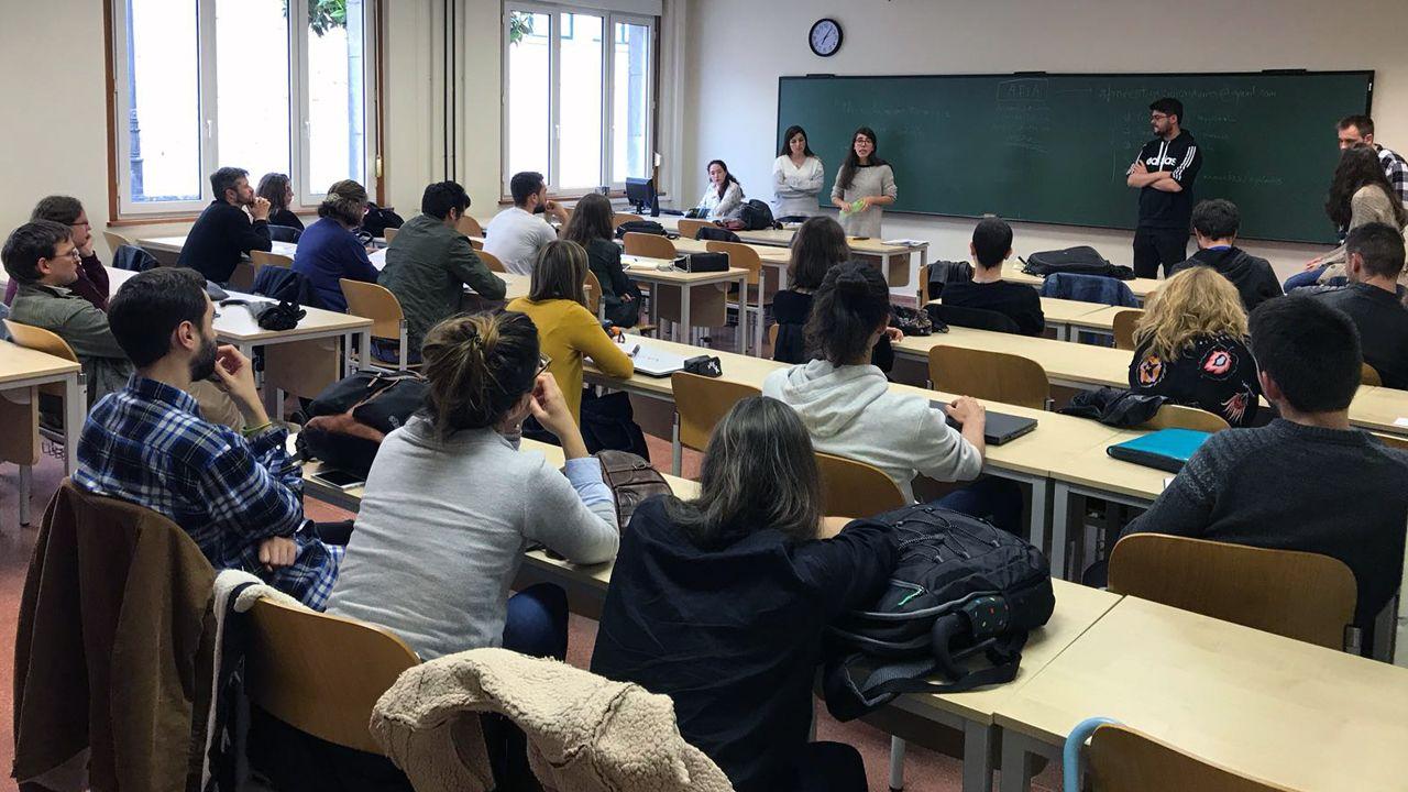 Así es el nuevo edificio del campus de Ourense.Reunión organizada por la Asamblea por el Futuro de la Investigación en Asturias