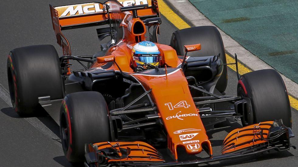 El McLaren-Honda de Alonso en un momento de del Gran Premio de China