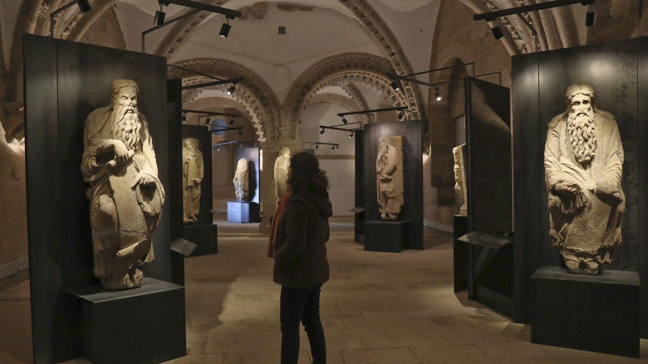 Estatuas de Isaac (izquierda) y Abraham (derecha), actualmente en poder de los Franco