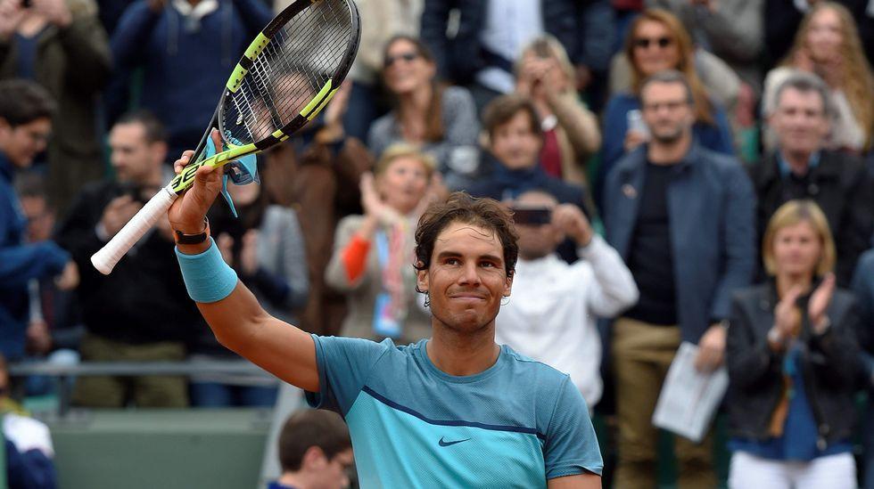 La final Djokovic-Murray, en fotos.Una jugadora se seca con una de las polémicas toallas durante un partido