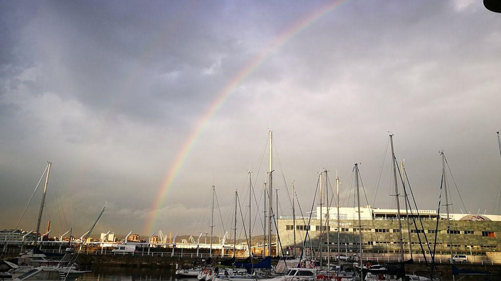 Arcoíris en el puerto de Gijón.Arcoíris en el puerto de Gijón