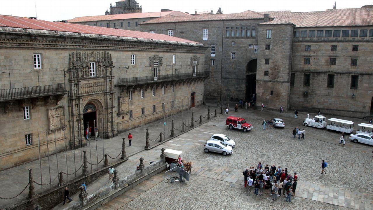 .El Hostal de los Reyes Católicos es uno de los ochos hoteles de cinco estrellas en Galicia