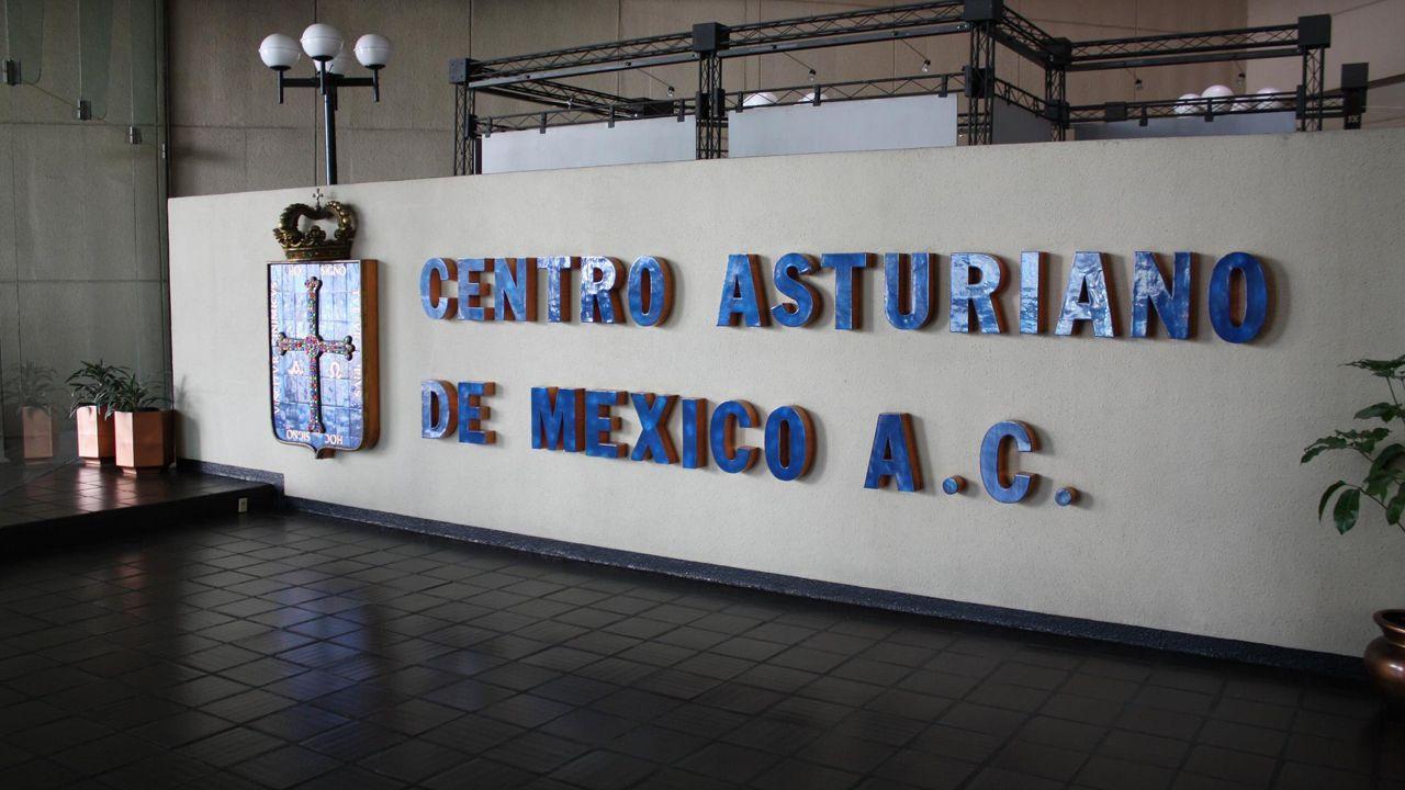 Los niños rescatados en Nuevo México estaban siendo adoctrinados para atentar en escuelas.Centro Asturiano de México