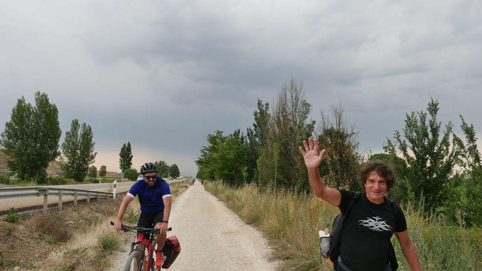 El Camino Francés en bicicleta: Una guía con 17 etapas que disfrutar a dos ruedas