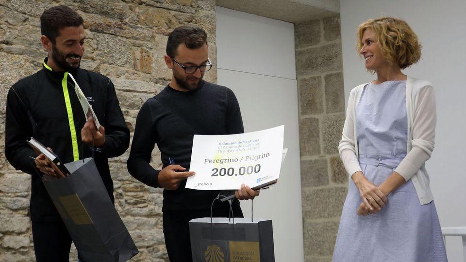 El peregrino 200.000 del año: un arqueólogo italiano en bicicleta