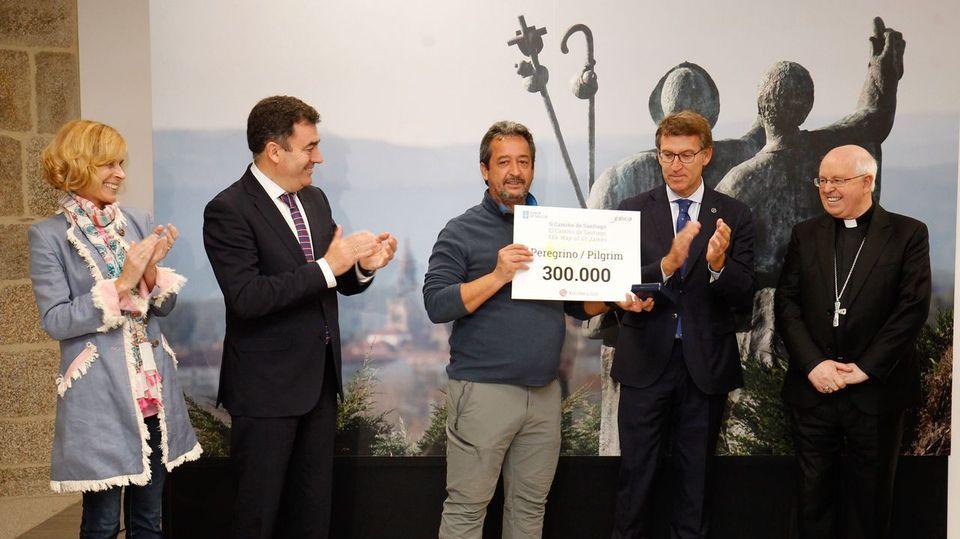 Un madrileño que caminó desde Roncesvalles es el peregrino 300.000